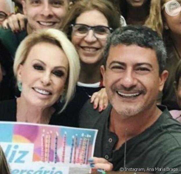 Ana Maria Braga recorda fotos com Tom Veiga nos bastidores: 'Para ele'