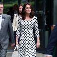 Vestido com poá: estampa é queridinha de Kate Middleton