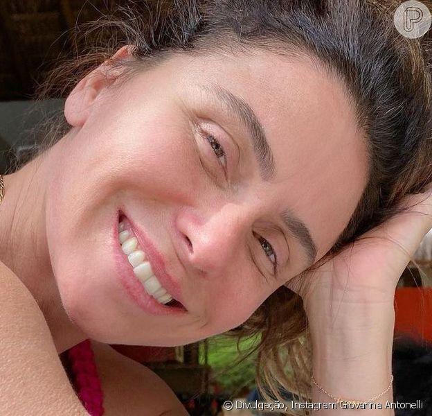 Giovanna Antonelli voltou a roubar a cena em uma foto de biquíni