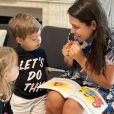 Melinda, filha de Thais Fersoza e Michel Teló, entrou na escola antes da pandemia e agora está em homeschooling