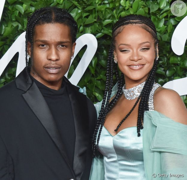Rihanna engata namoro com o rapperA$AP Rocky