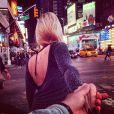 Na última segunda-feira (3), a apresentadora do 'CQC' postou uma imagem de uma viagem recente do casal: 'Saudades de NY - eu e o Marcelo Adnet tentamos fazer uma foto bonita, mas nao deu'