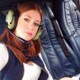"""Marina Ruy Barbosa faz 'selfie' durante bastidores de gravação de """"Império"""""""