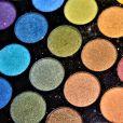 Capriche nas cores variadas em sua make de Carnaval