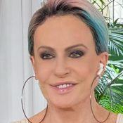 Ana Maria Braga repete roupa de 1999 e se rende a meme com Karol Conká no 'Mais Você'