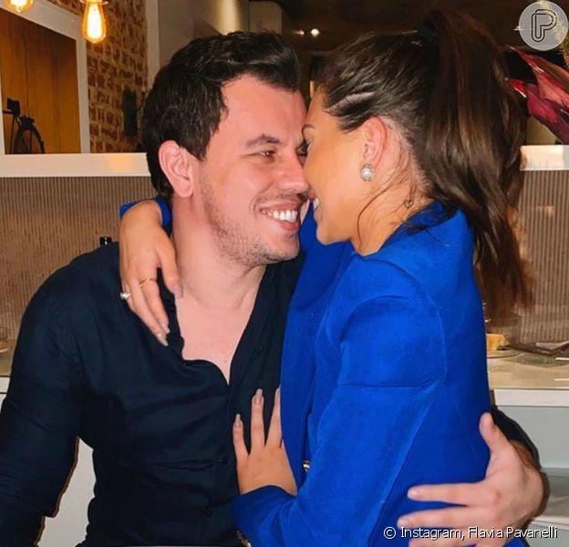 Flavia Pavanelli se pronuncia sobre rumor de término com Junior Mendonza