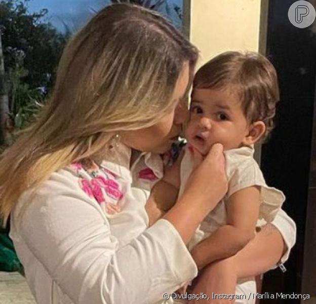 Marília Mendonça dança com o filho, Leo, em vídeo, em 27 de fevereiro de 2021