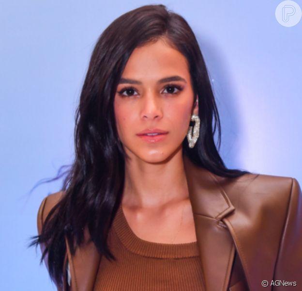 Bruna Marquezine volta ao Twitter após polêmica sobre fotos: 'Dei show de impulsividade'