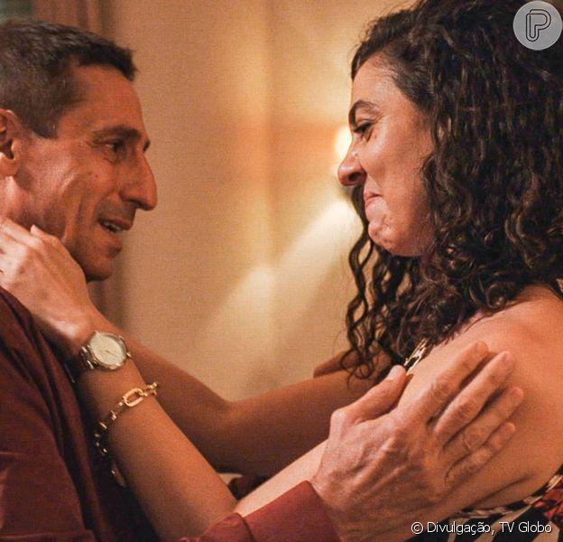 Na novela 'Amor de Mãe', Penha (Clarissa Pinheiro) se vinga do marido, Belizário (Tuca Andrada), no capítulo de quinta-feira, 1º de abril de 2021