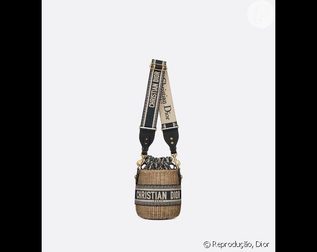 Bolsa de palha de Andressa Suita é da grife Dior, avaliada em mais de R$ 30 mil