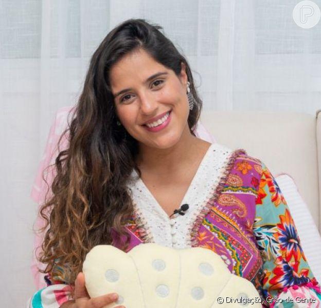 Camilla Camargo levantou a blusa para mostrar sua barriga 9 dias após dar à luz Julia