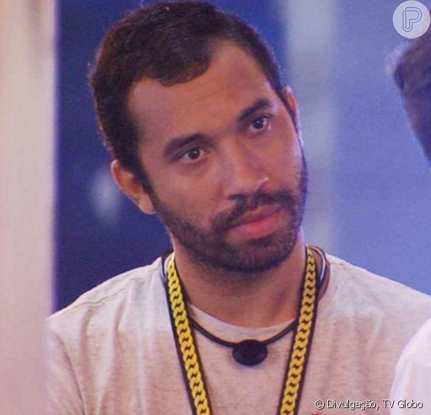 No 'BBB 21', Gilberto quer novo Líder para mandar Viih Tube ao Paredão
