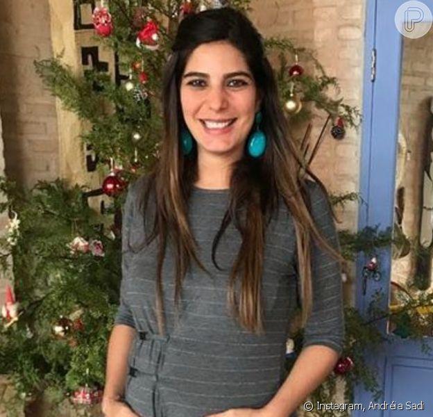 Andréia Sadi revela rosto dos filhos no Dia das Mães