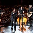 Demais integrantes do U2 esperam uma 'recuperação completa em breve' de Bono Vox