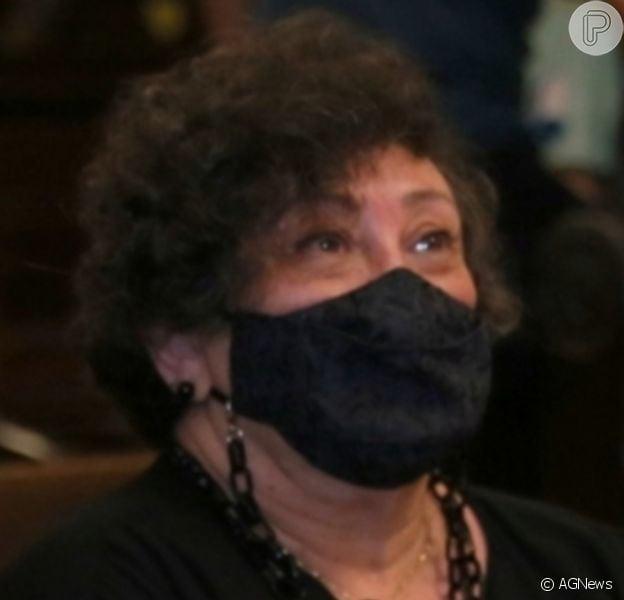 Bárbara Bruno foi para o quarto, mas segue internada com complicações da Covid-19