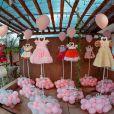 Filha de Natália Toscano e Zé Neto, Angelina exibiu em sua festa de 1º aniversário os vestidos que usou em cada comemoração de mesversário