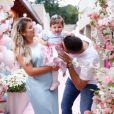 Filha de Natália Toscano e Zé Neto, Angelina ganhou festa ao comemorar 1 ano