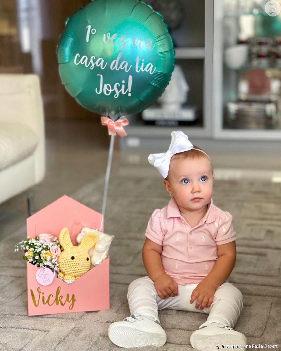 Vicky é filha de Ana Paula Siebert e Roberto Justus