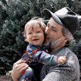 Zyan, filho mais novo de Bruno Gagliasso e Giovanna Ewbank, completa um ano em julho