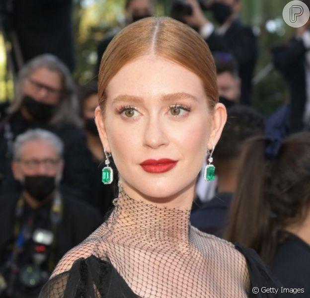 Marina Ruy Barbosa usa look preto com transparência em Cannes, em 11 de julho de 2021