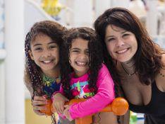 Samara Felippo relata choro por não poder tocar nas filhas, isoladas com Covid: '1h seguida'