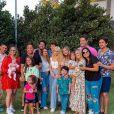 Cantor Leonardo completa 58 anos e comemora ao lado de família