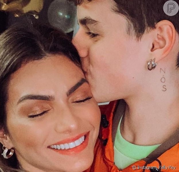 Filho mais velho de Kelly Key e Mico Freitas, Jaime Vitor roubou a cena no Instagram da cantora