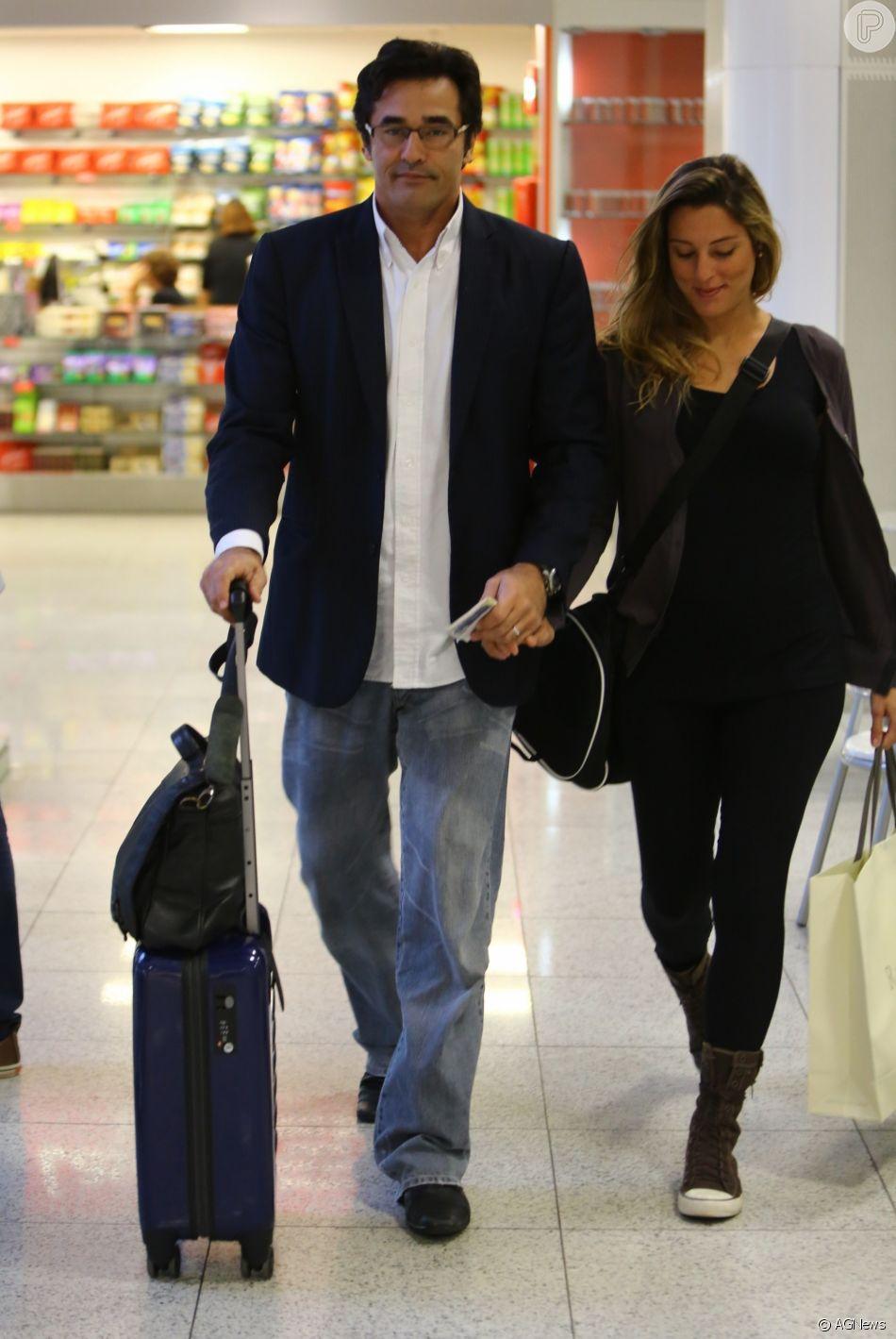 Luciano Szafir é casado com Luhanna, com quem tem outros dois filhos