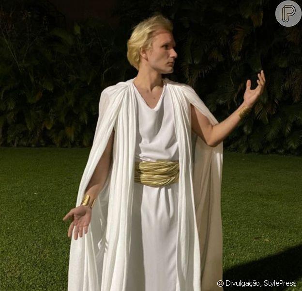 Matielo Schutz interpretou um anjo na novela 'Gênesis' e detalhou os bastidores da produção
