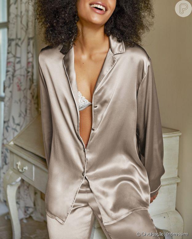 Pijama de seda é confortável e elegante