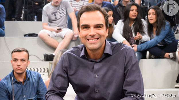 Tadeu Schmidt é o nome favorito da Globo para apresentar o 'BBB 22'