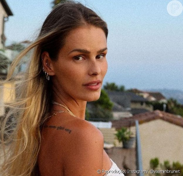 Yasmin Brunet se pronuncia após fala de Simone Medina sobre vídeo íntimo