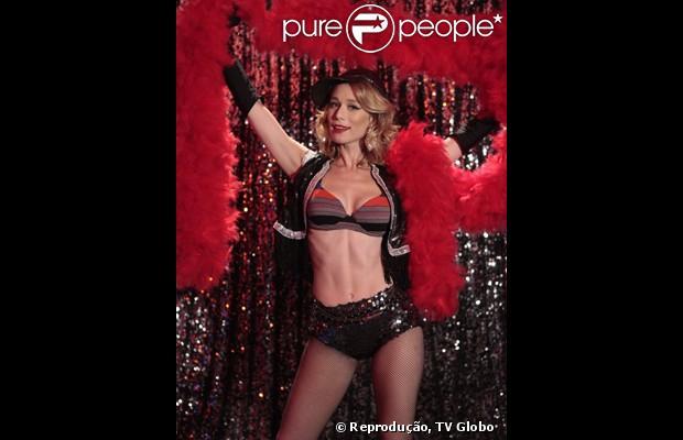 Juliana, personagem de Mariana Ximenes em 'Guerra dos Sexos', sensualiza em cena que vai ao ar em 21 de março de 2013