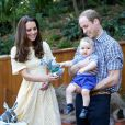 Para cuidar dos preparativos para chegada do mais novo herdeiro, Kate Middleton deixou o príncipe mais novo da realeza, George, aproveitando férias na companhia de seus avós maternos, segundo informações da revista 'People'