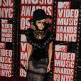 No MTV Video Music Awards de 2009, Lady Gaga também apareceu no evento com um look com penas
