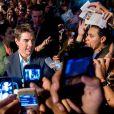 Tom Cruise conversa com os fãs