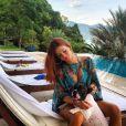 Sempre linda e elegante, Marina Ruy Barbosa não errou nem na hora de curtir uns dias de sol. Com um vestidinho transparente combinando com a cor do biquíni, a artista usou brincos de argolas para dar um charme no visual