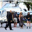 Lindsay Lohan chega em Florianópolis de helicópetro