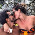 Raphael Viana assumiu o namoro com a modelo Francine Amaral, que é repórter do programa 'Domingão do Faustão'