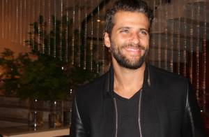 Bruno Gagliasso recebe R$ 10 mil de companhia aérea após ter mala extraviada