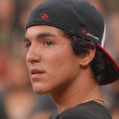 Gabriel Medina e Marlon Teixeira pedem doação de sangue para amigo baleado