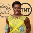 Uzo Aduba ganha o prêmio de Melhor Atriz em Série de Comédia por sua atuação em 'Orange is the New Black', no SAG Awards 2015
