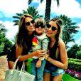 Ticiane Pinheiro curte momentos de folga com a filha, Rafaella, e com a enteada, Fabiana