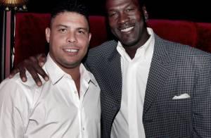 Ronaldo Fenômeno publica foto com Michael Jordan: 'Maior de todos os tempos'