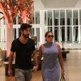 Susana Vieira sai para jantar com o namorado, Sandro Pedroso. Casal também foi ao cinema no shopping VilageMall, na Zona Oeste do Rio de Janeiro