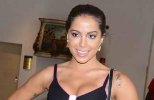 Anitta considera novas plásticas após operar nariz e seios: 'Nunca digo nunca'