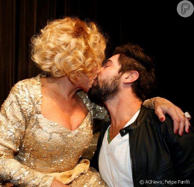 Susana Vieira e Sandro Pedroso terminam namoro: 'Nossos caminhos mudaram', afirmou o ator através do Instagram, nesta quarta-feira, 19 de abril de 2015