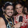 Bruna Marquezine é entrevistada por Caio Castro, na festa de 'I Love Paraisópolis'