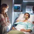 Júlia (Isabelle Drummond) é obrigada a mentir para Felipe (Michel Noher) sobre o verdadeiro estado de Miguel (Domingos Montagner) após a cirurgia no capítulo da novela 'Sete Vidas', que vai ao ar nesta quinta-feira, 7 de maio de 2015