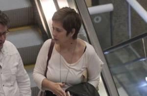 Paloma Duarte radicaliza e vai a shopping com cabelo 'joãozinho'. Veja a mudança